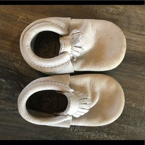 Freshly picked moccasins w hard sole. Tan. Size 6